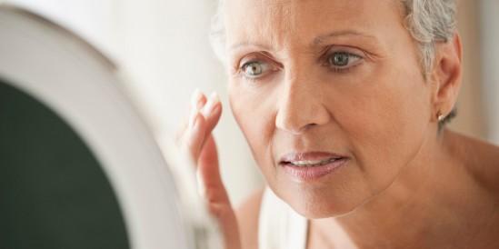 o-OLDER-WOMAN-LOOKING-IN-MIRROR-facebook