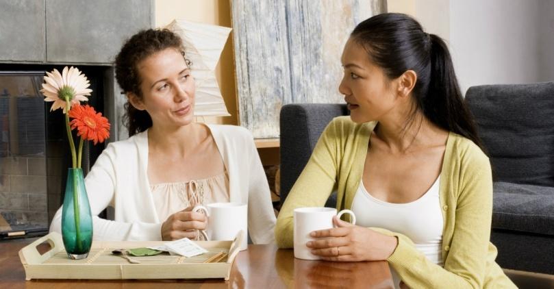 friends-conversation-1200.1200w.tn
