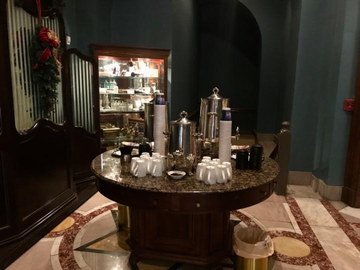 dinner-table-prior