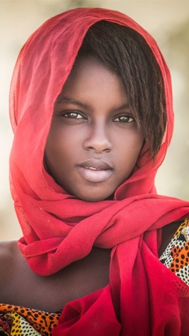 african-girl-portrait-scarf_iphone_750x1334