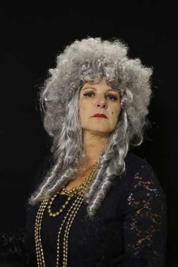 theater-woman-female-portrait