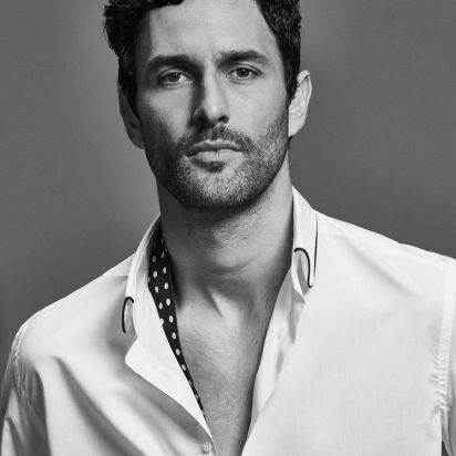 This image has an empty alt attribute; its file name is noah-mills-2017-spring-massimo-dutti-limited-mens-collection-009.jpg
