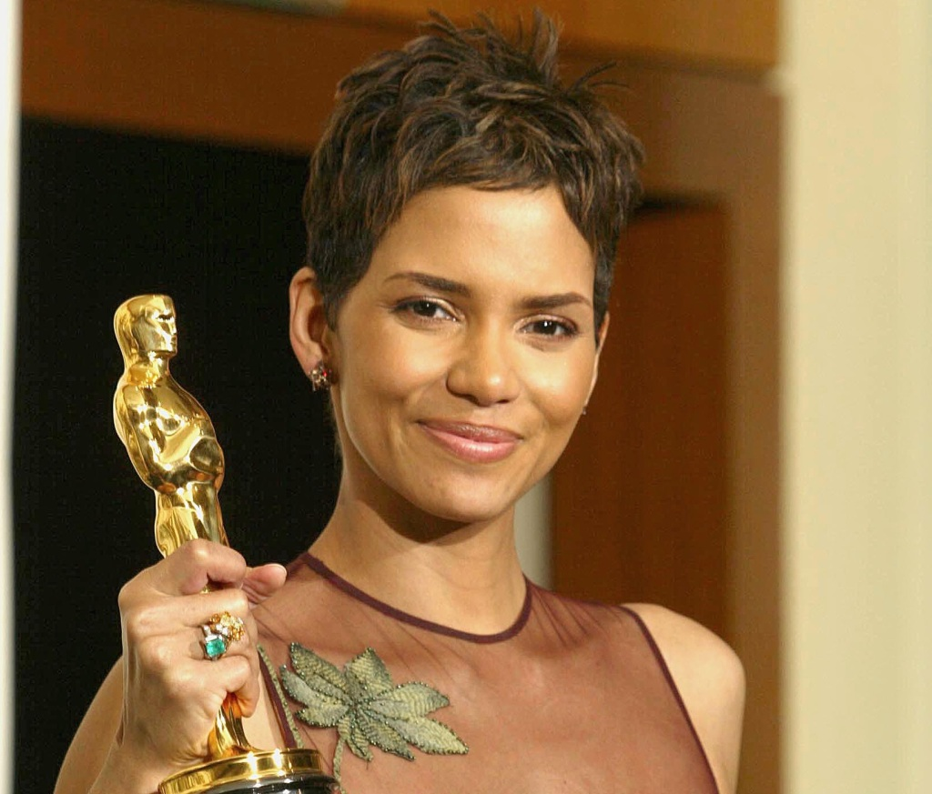 This image has an empty alt attribute; its file name is halleberry.jpg